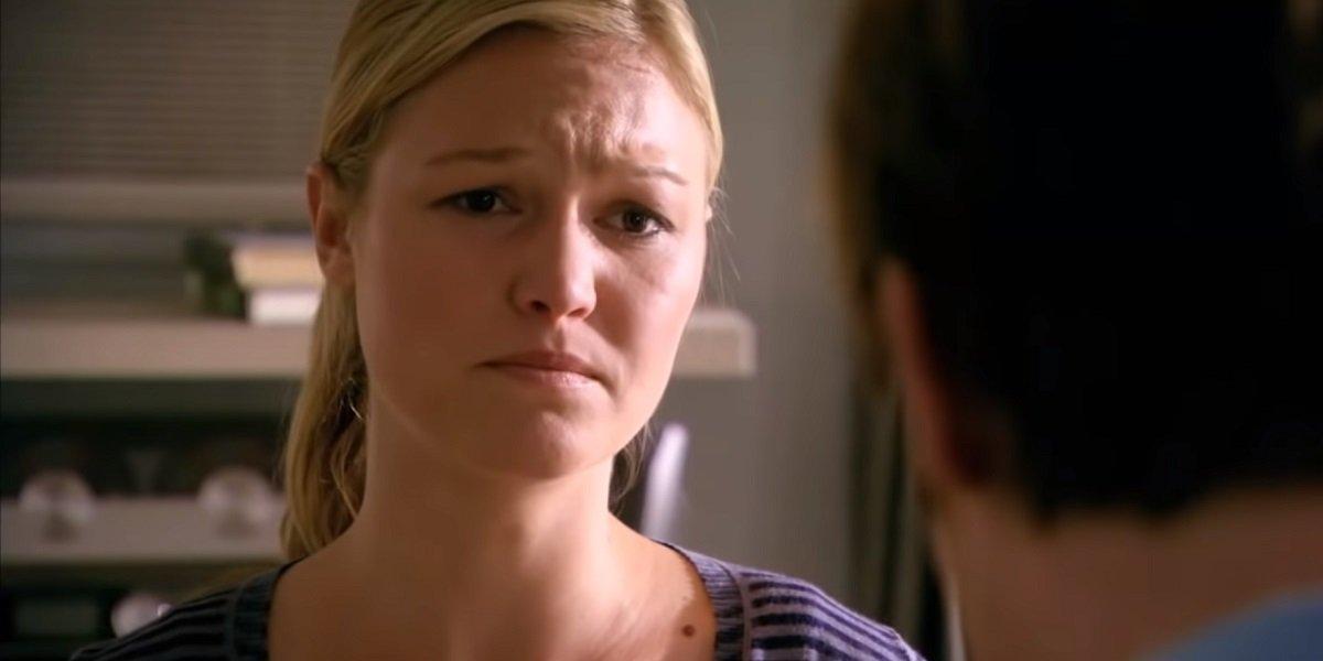 Julia Stiles in Dexter Showtime