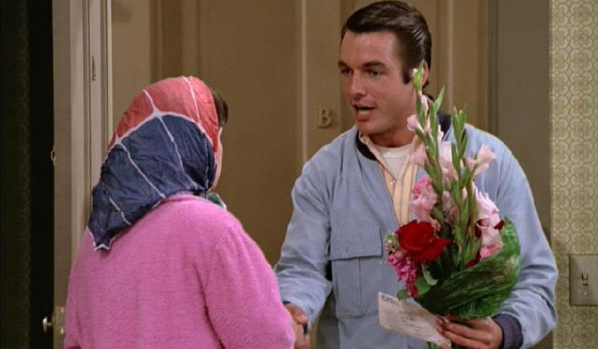 Laverne And Shirley Mark Harmon shows up with flowers