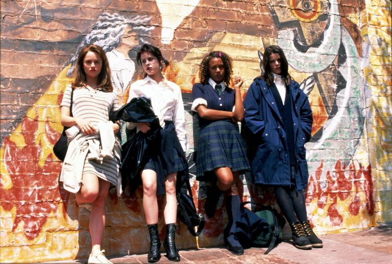 TUNNEY,BALK,TRUE,CAMPBELL, THE CRAFT, 1996, Halloween movies