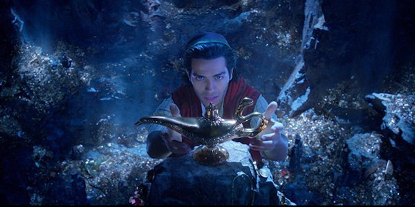 Aladdin grabbing the lamp in the Cave of Wonders