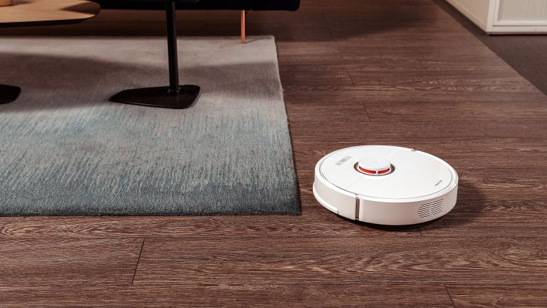 Sorry iRobot Roomba and Dyson, Roborock S6 is the best robot vacuum cleaner you can buy