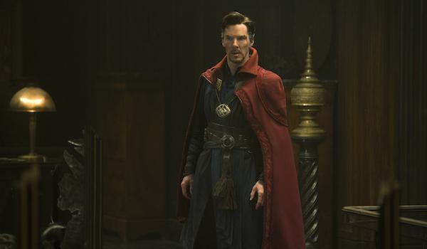 Doctor Strange in full costume