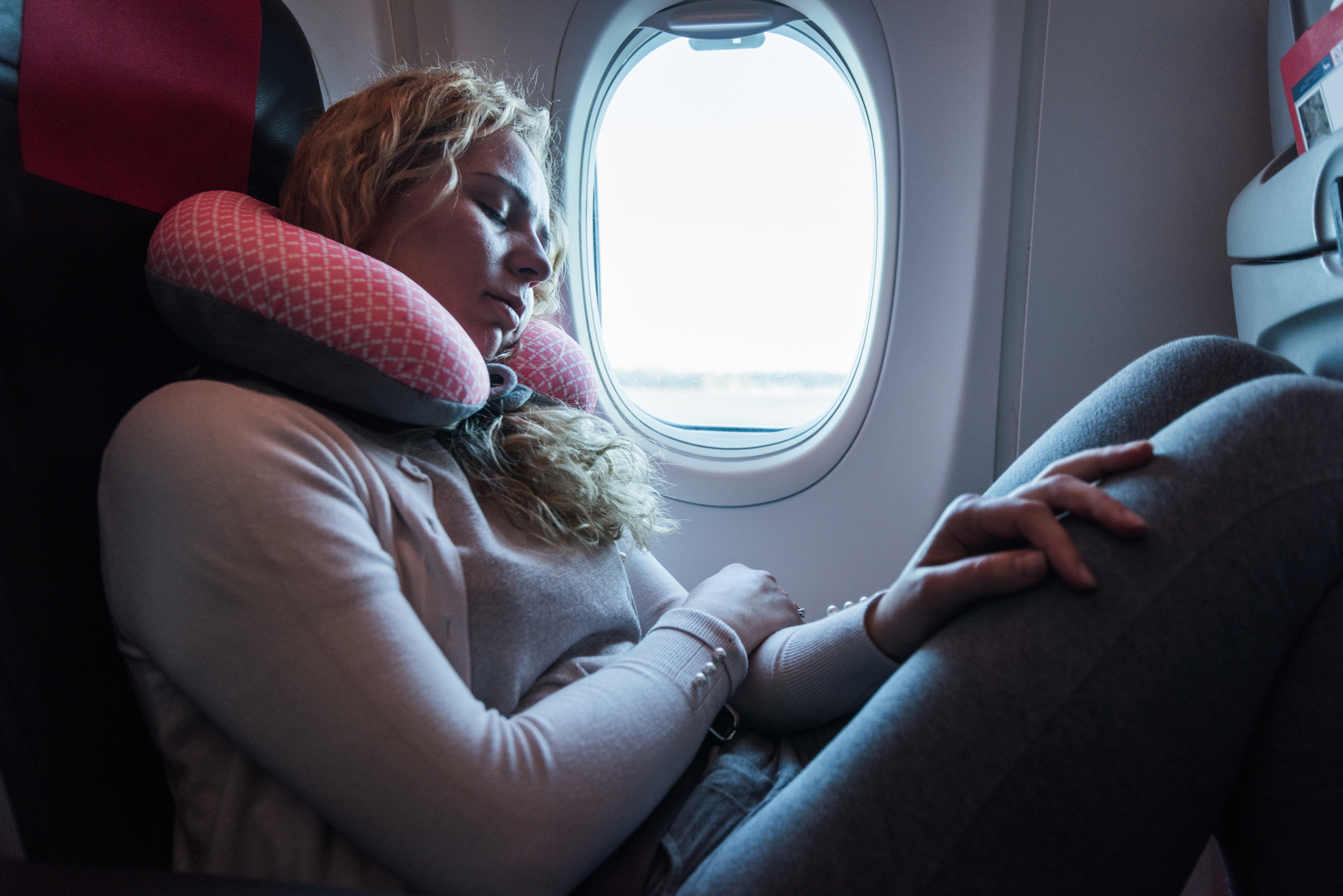 """Five-star Amazon travel pillow branded """"game changer"""" for long haul flights"""