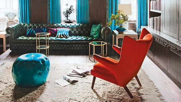 Color trends: Blue and red living room