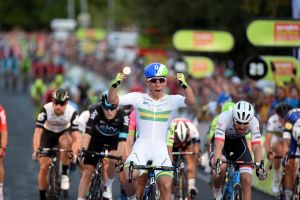 Caleb Ewan wins the 2016 Peoples Choice Classic