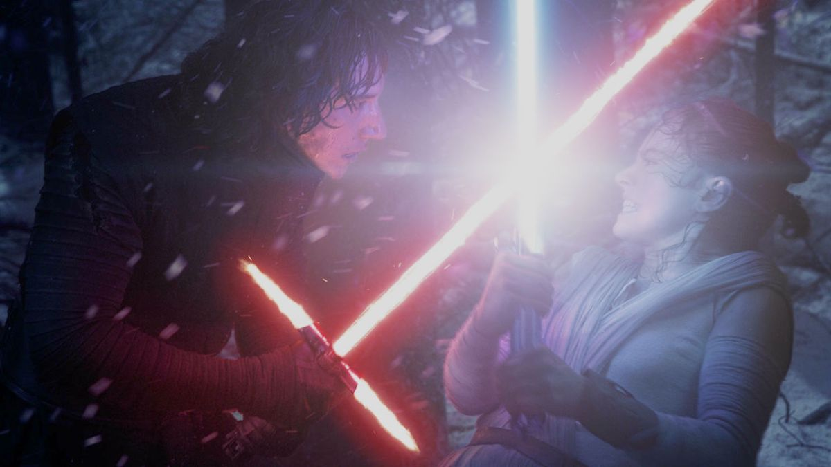 Star Wars: The Force Awakens director's commentary reveals that Kylo Ren and Rey had never met before *that* fight