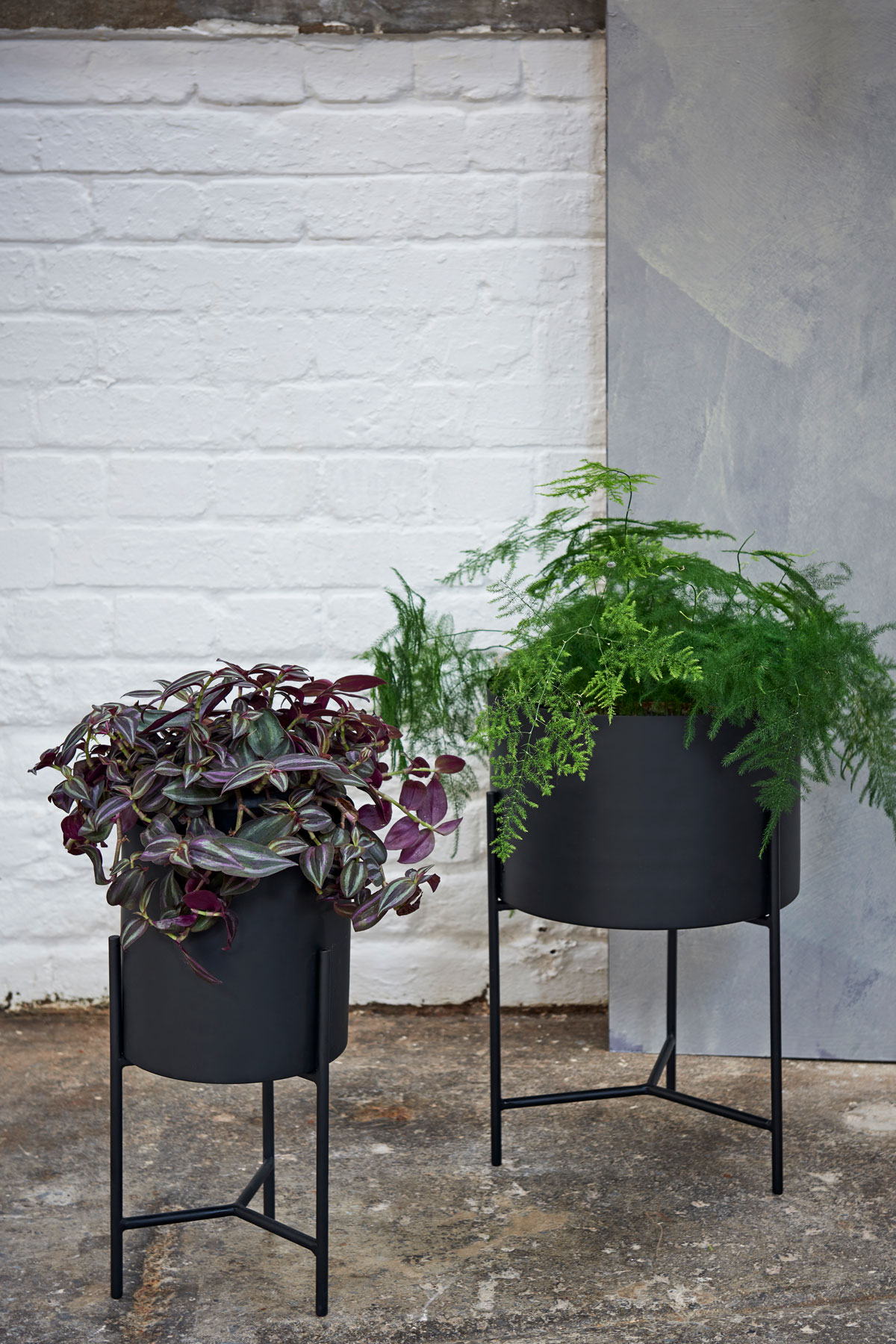 5 NEW SEASON PLANTERS FOR YOUR HOME AND GARDEN | Livingetc