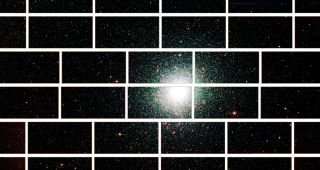 Zoomed-in image from the Dark Energy Camera of the center of the globular star cluster 47 Tucanae, which lies about 17,000 light years from Earth.