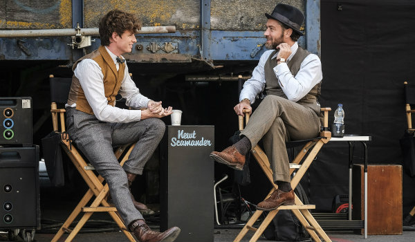 Fantastic Beasts 2 behind the scenes Jude Law Eddie Redmayne