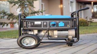 Portable Power: Gas Generator vs  Propane Generator | Top Ten Reviews