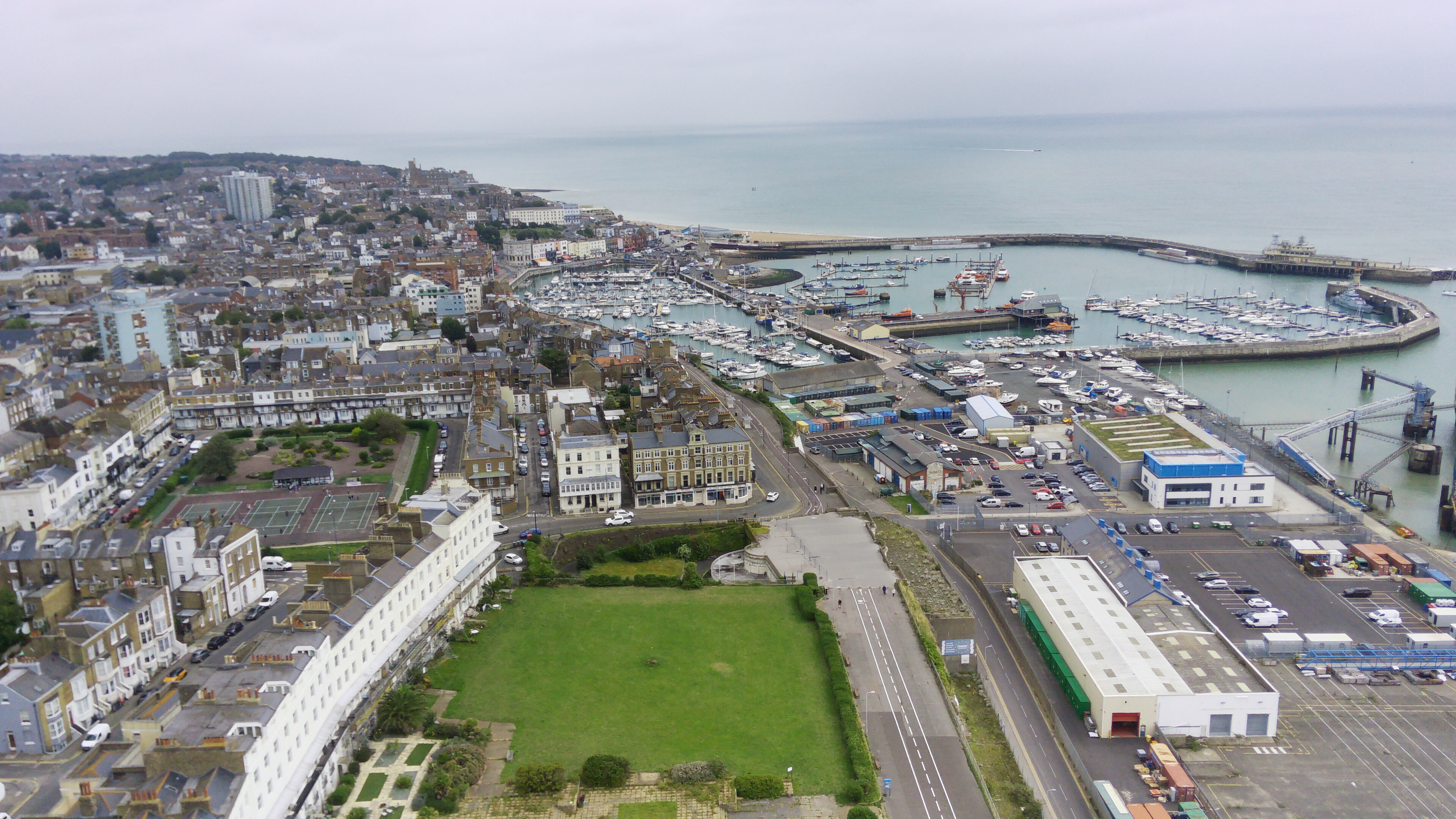 Aerial photos of Ramsgate in the UK taken on the FIMI X8 Mini