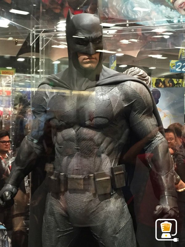 He wonu0027t need full armor the entire time after all. Sometimes you have to look sleek and nimble. For that Batman will slip into these duds  sc 1 st  CinemaBlend & Check Out Batman v Supermanu0027s New Costumes Especially This Sweet ...