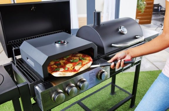 The Aldi Pizza Oven Is Back And It S