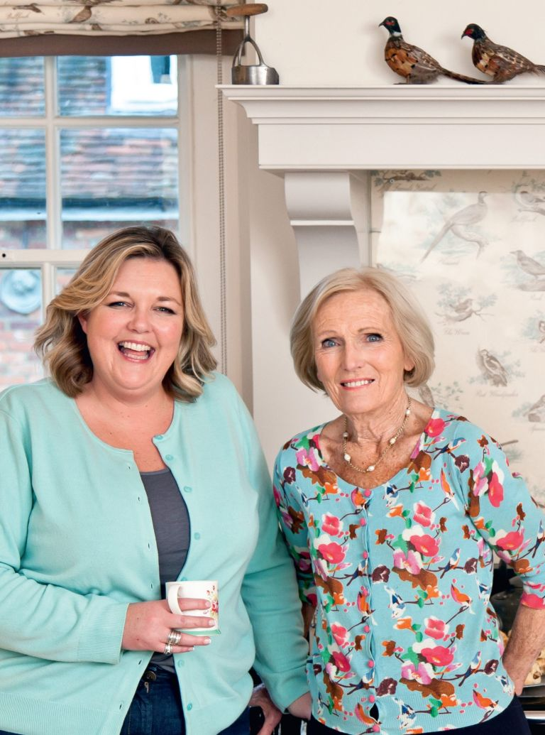 Mary Berry and Lucy Young photo