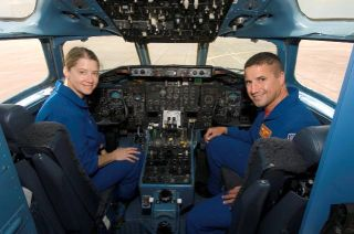 Mission Discovery: Space Shuttle Commander, Pilot Ready to Fly