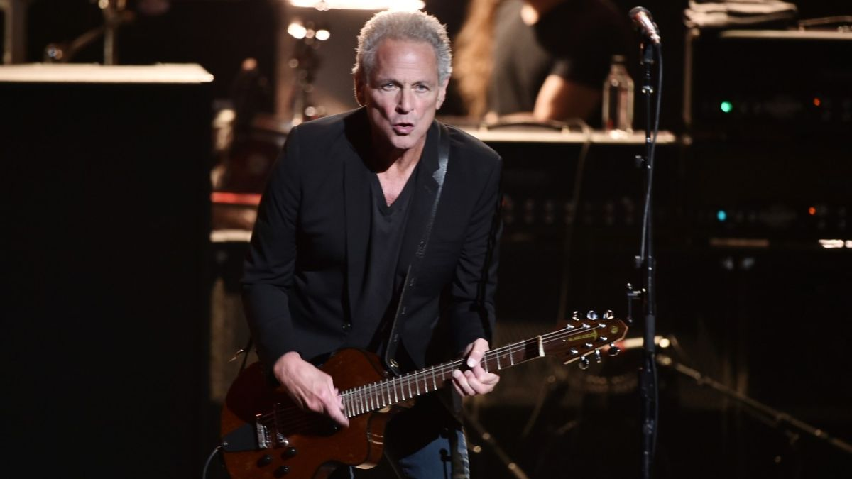 Former Fleetwood Mac guitarist Lindsey Buckingham reveals what he thinks about his ex-bandmates