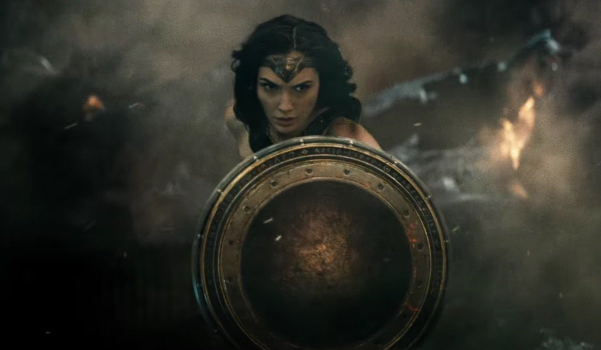 Wonder Woman with shield in Batman v Superman