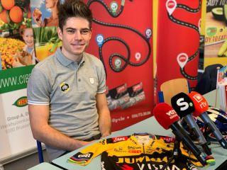 Wout van Aert will return to racing on December 27 at the Azencross cyclo-cross race in Loenhout
