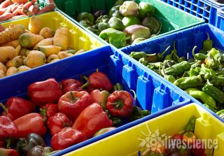 farmers market, be healthy, peppers 2