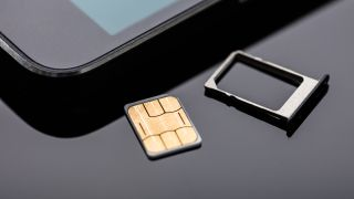 How to remove your SIM card