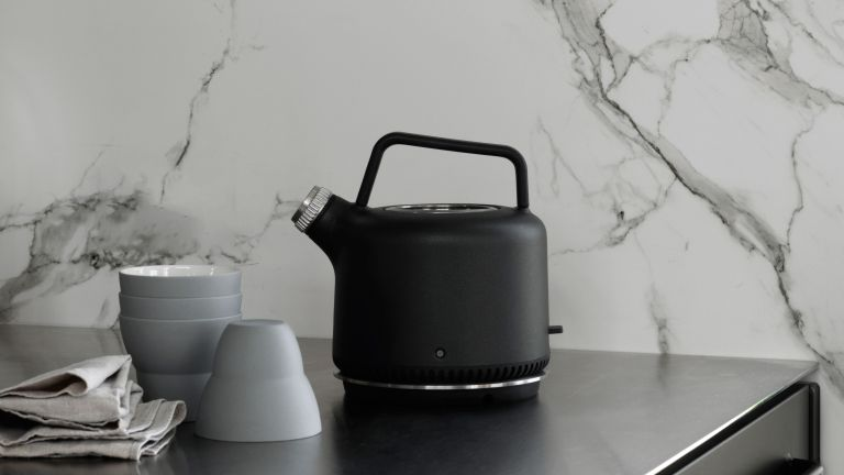 VIPP ELECTRIC KETTLE