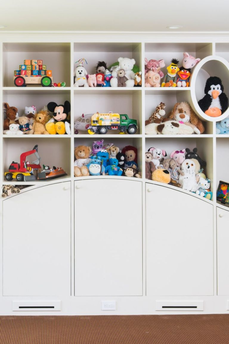 toy storage ideas with curved shelving