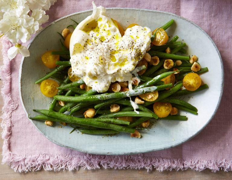 green beans and burrata