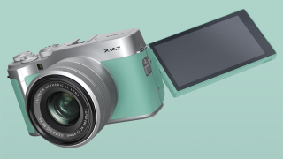 Super stylish Fujifilm X-A7 announced – in a mint green color and with 4K video!