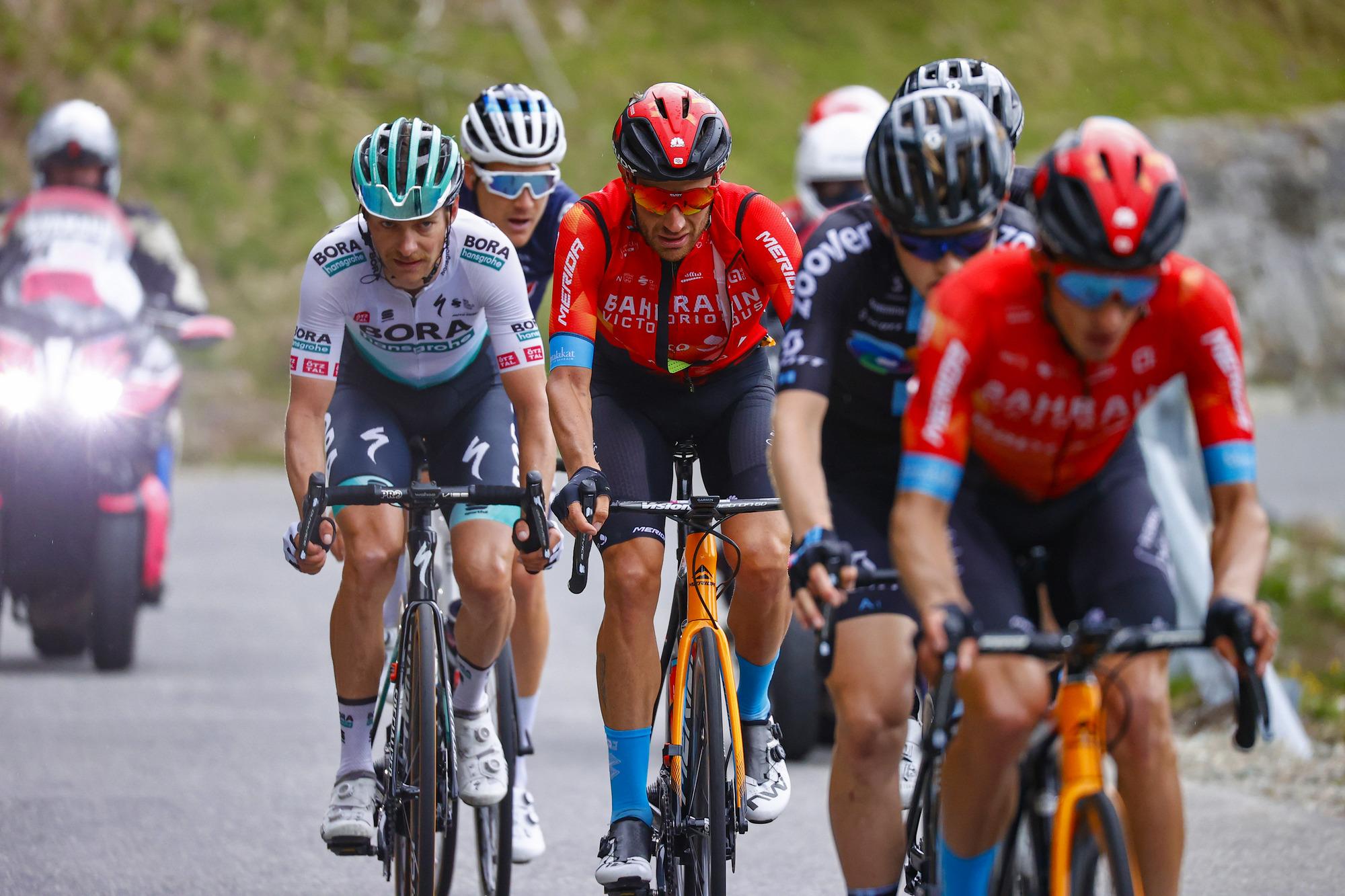 Giro d'Italia 2021 - 104th Edition - 20th stage Verbania - Valle Spluga - Alpe Motta 164 km - 29/05/2021 - Damiano Caruso (ITA - Bahrain Victorious) - Felix Grossschartner (AUT - Bora - Hansgrohe) - photo Luca Bettini/BettiniPhoto©2021