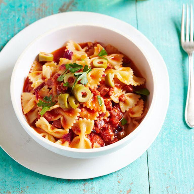 Spanish-chorizo-and-pepper-pasta-recipe-photo