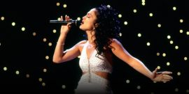 Selena: 11 Behind-The-Scenes Facts About The Jennifer Lopez Movie