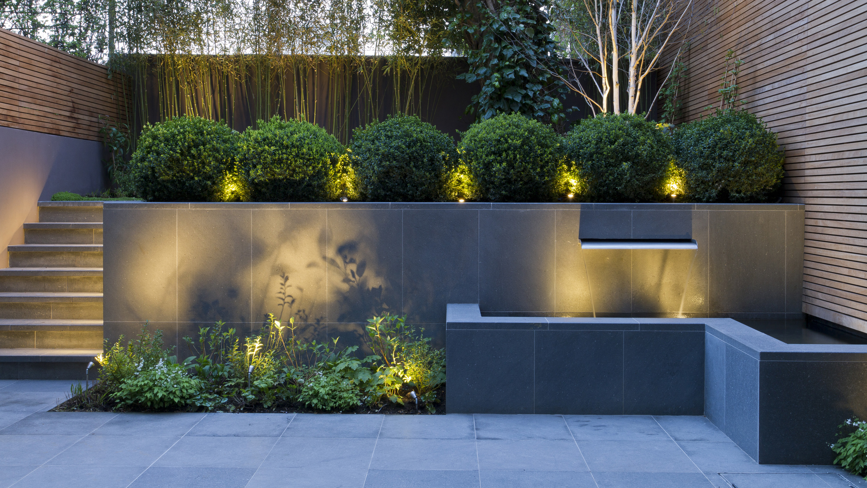 Garden Wall Ideas 15 Smart Ways To Get More From Your Outside Space Gardeningetc