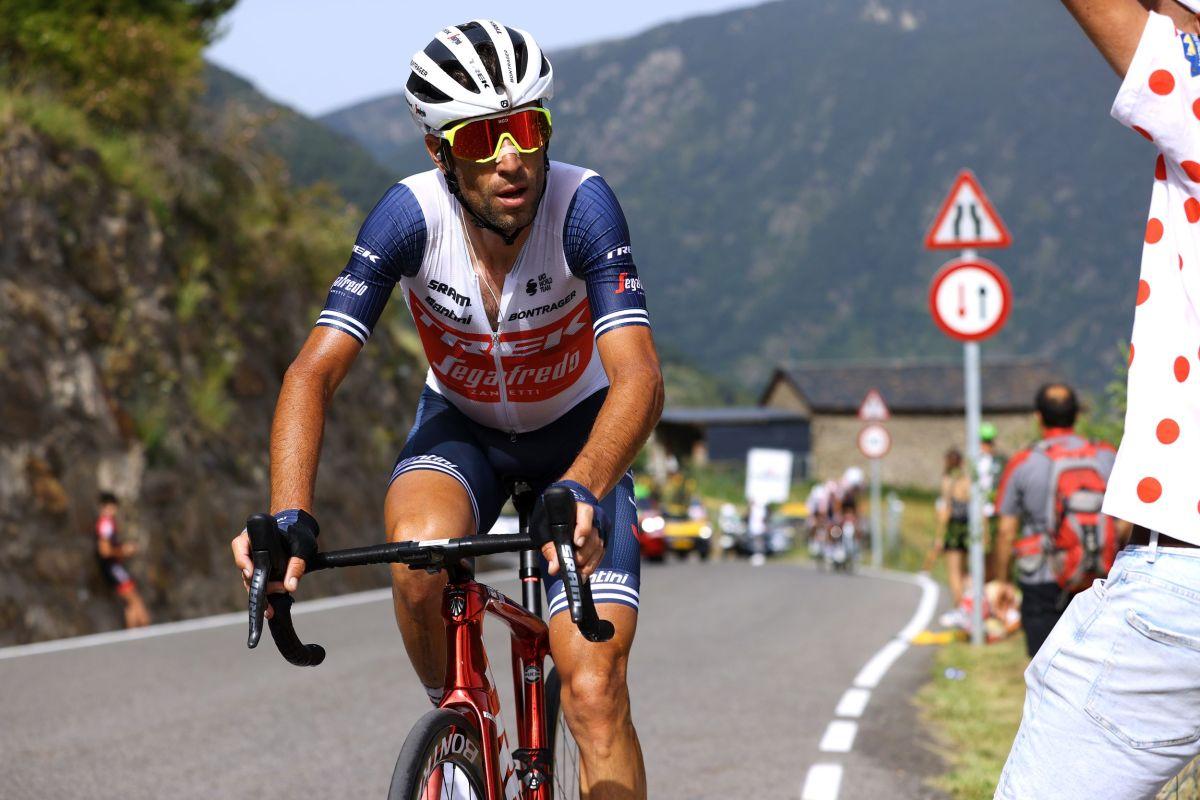 Vincenzo Nibali returns to Astana for the 2022 season
