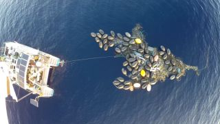 trash island formed in great pacific garbage patch