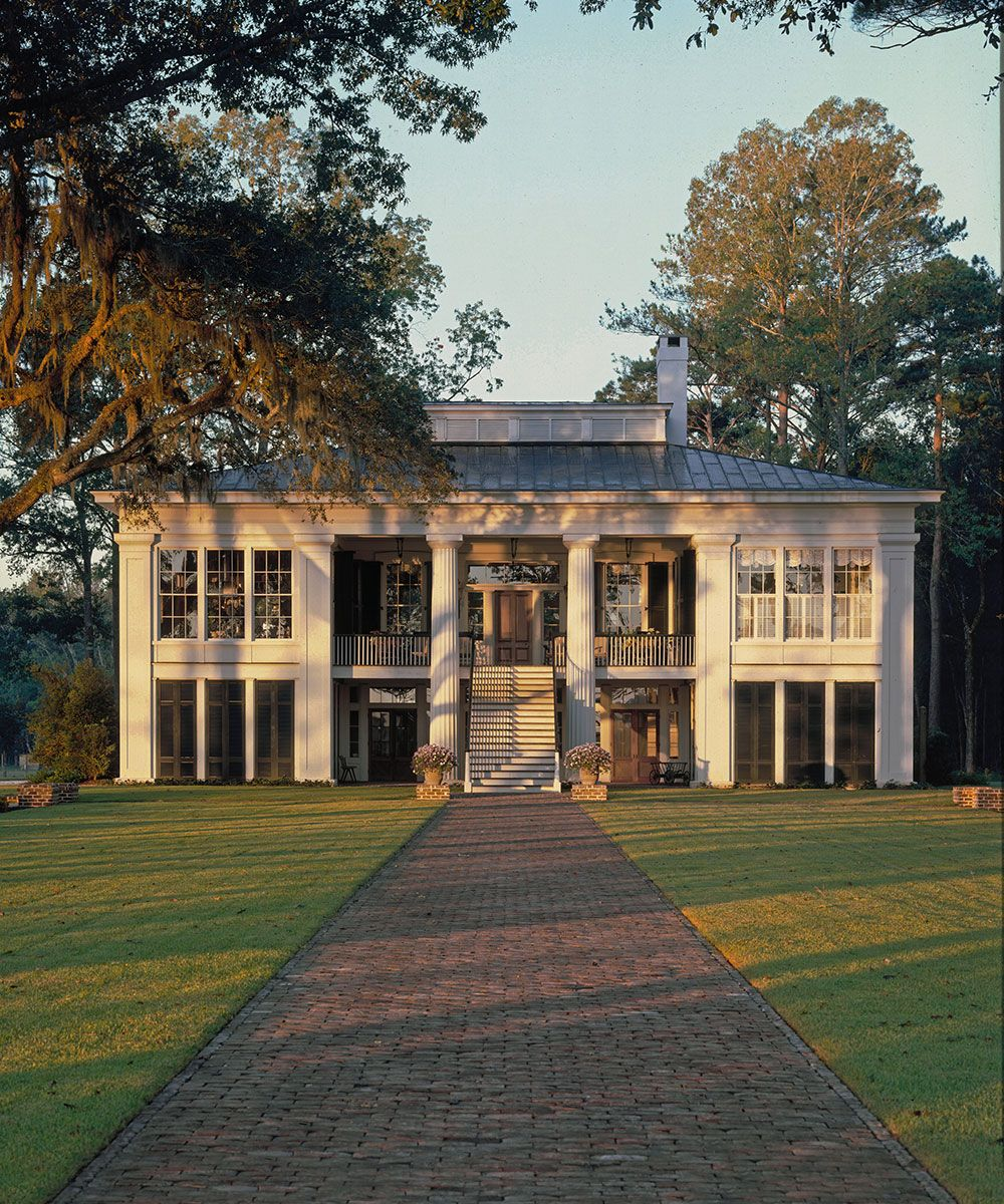 Step inside Ben Affleck's country home in Savannah
