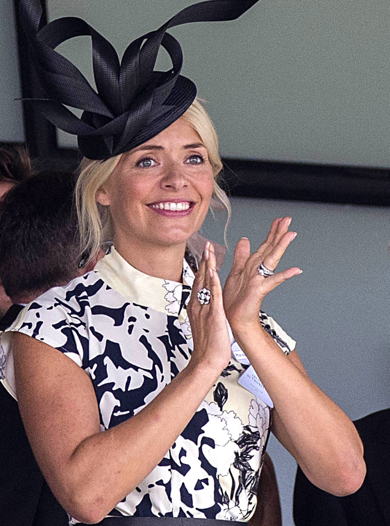 holly willoughby's ascot dress