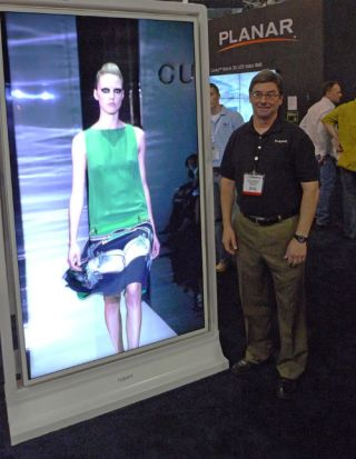 Planar Unveils UltraLux LCDs at InfoComm