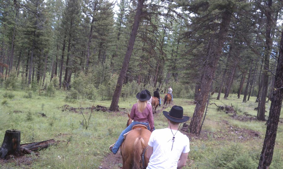 Horses, Shotguns And Scotch: My Time In Montana With Cowboys & Aliens #4960