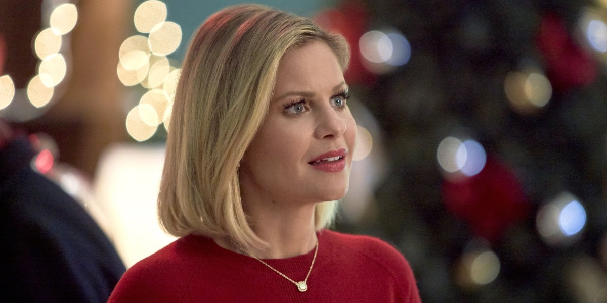 Candace Cameron Bure as Noelle Carpenter in A Shoe Addict's Christmas (2018)