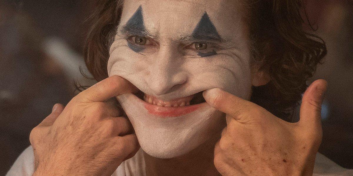 Arthur Fleck smiling in Joker