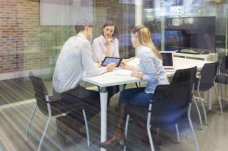 How to Make Huddle Rooms More Collaborative