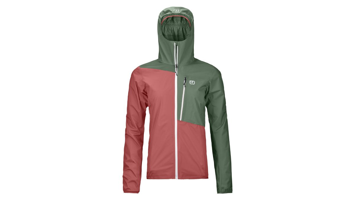 Ortovox Women's Civetta Jacket review: a light and well-featured jacket for hiking