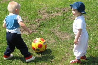 kids-ball-02