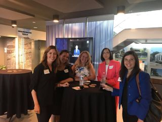 AVIXA Women SoCal Hosts Headshot Happy Hour