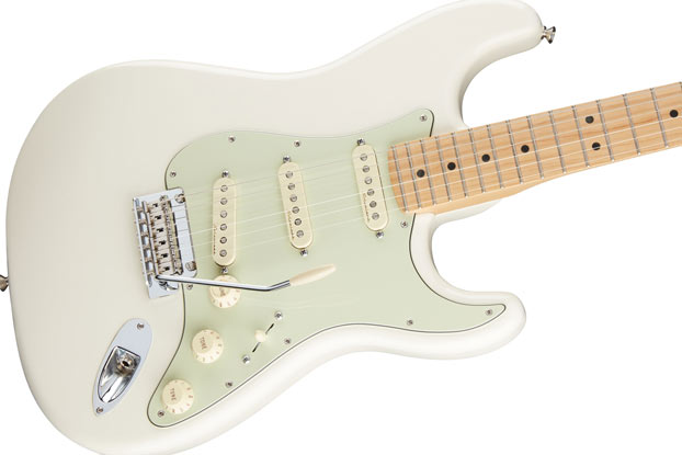 Review: Fender Deluxe Roadhouse Stratocaster | Guitarworld