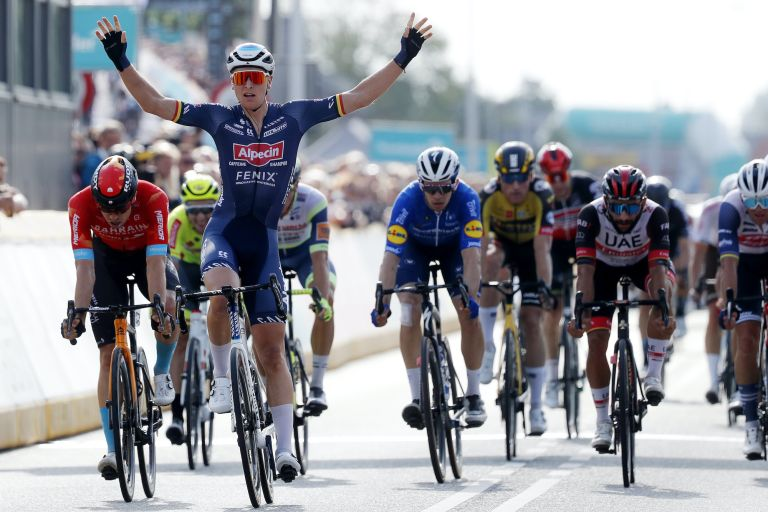 Tim Merlier wins stage one of the 2021 Benelux Tour