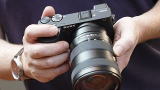 Sony adds to its mirrorless lineup with the Alpha A6600