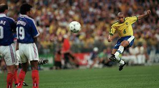 Roberto Carlos Aston Villa