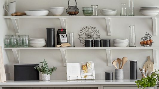 Learn how to put up a shelf with brackets