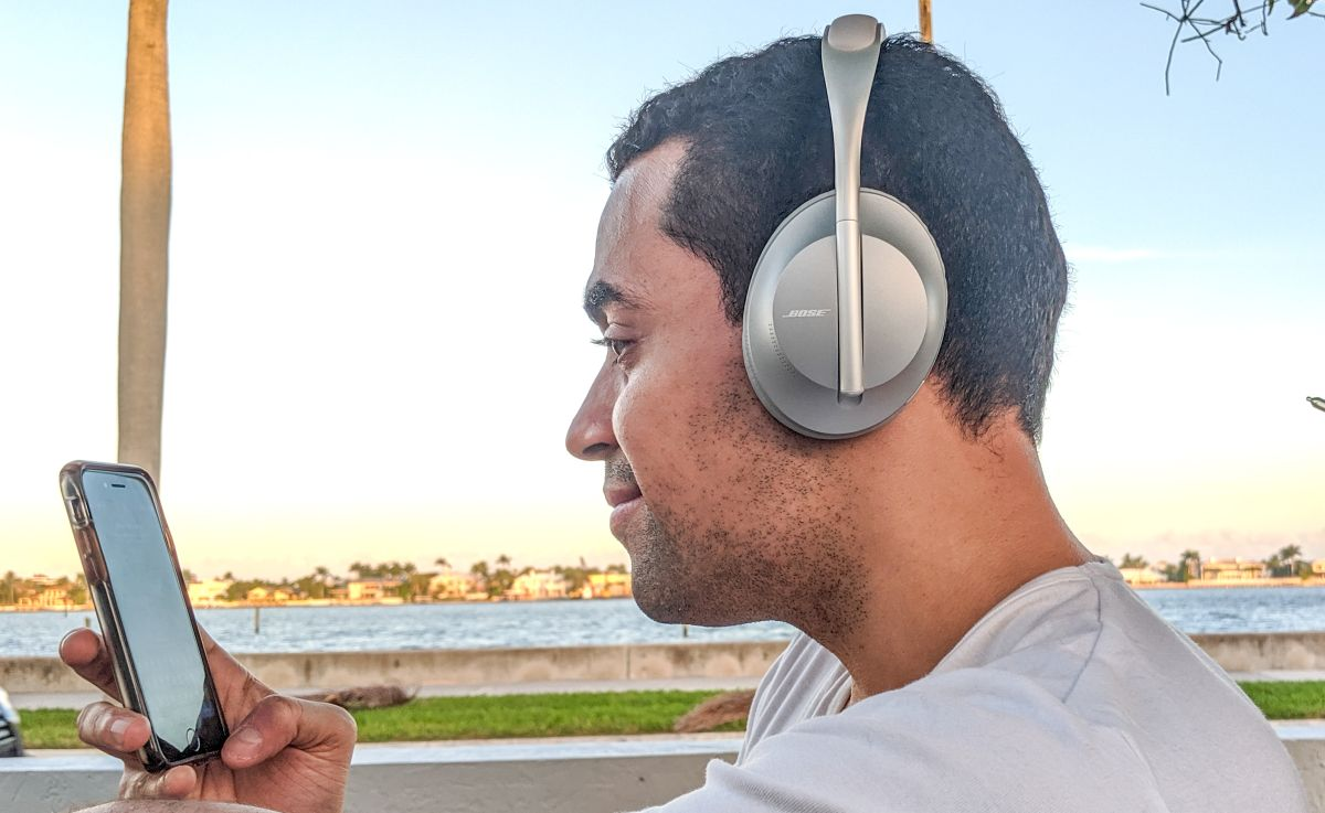 The Best Noise Cancelling Headphones In 2020 Tom S Guide